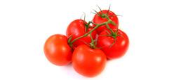Pickelige Haut mit Tomaten Peeling reinigen